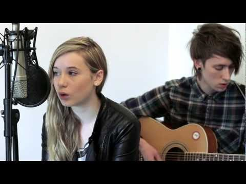 Acoustic cover of Rihanna - Stay by Emily Davis & Ben Owen  To download our cover of Rihanna - Stay head over to: https://soundcloud.com/benjamminowen/rihanna-stay-acoustic