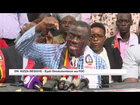 BAKUNG'AANYA MIKONO: Besigye ne banne bakalambidde ku kya kkooti y'ensi yonna