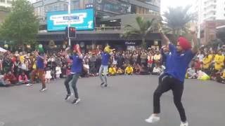 Auckland City Diwali 2016- Bhangra by street performers