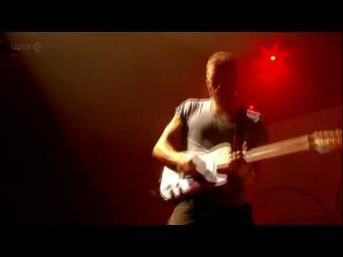 Coldplay (HD) - God Put A Smile Upon Your Face (Glastonbury 2011)