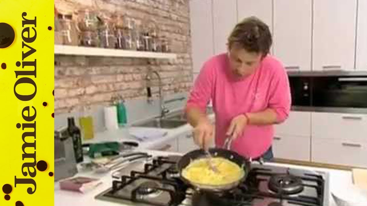 Jamie Oliver on making the perfect omelette – Jamie's Ministry of Food