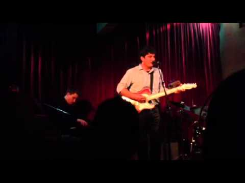 Travis Peery - The Wrong Girl (Live at Room 5 Lounge - 9/29/12)