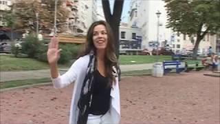 Katarina Radivojević čita tvitove o sebi | Mondo TV