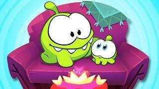 Om Nom Stories: FLASHBACK | Super Nomi | Cartoni animati divertenti per bambini