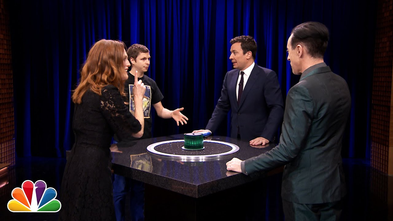 Catchphrase with Julianne Moore, Michael Cera and Alan Cumming thumbnail