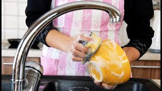 Мыть или не мыть: 7 вещей, которым категорически не подойдет моющее средство для посуды