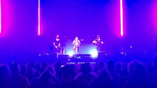 Lady Antebellum   Be Patient With My Heart (Country 2 Country, 8th March 2019)