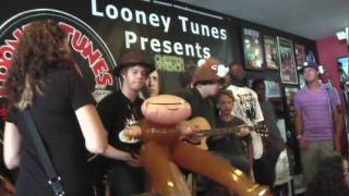 """Chester French """"C'mon"""" @ Looney Tunes 8/25/09"""