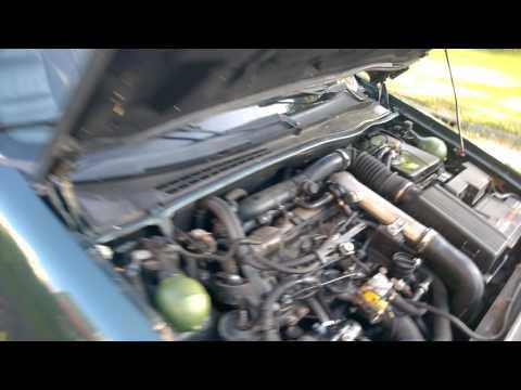 Die Beförderung des Benzins vom Personalkrafttransport