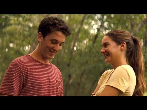 The Spectacular Now Clip 'First Kiss'