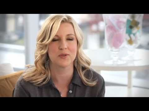 An Interview With Celebrity Esthetician, Renee Rouleau