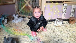 👸 Анна и папа и контактный зоопарк для детей. Очень смешные животные