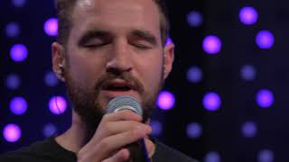 Gambar cover ODESZA - Line of Sight (feat. Wynne) (Live on KEXP)