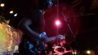 A Button On Your Blouse - Drowners (Live at The Catalyst)