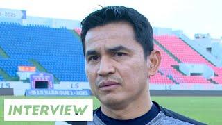 Phỏng vấn | Phản ứng của HLV Kiatisuk khi giải đấu bị hoãn lại