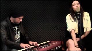 """The Divinyls - Bonnie Anderson sings """"I'm Jealous"""""""