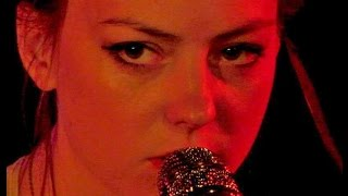 ANGEL OLSEN - WHITE FIRE -AN CLUB LIVE , ATHENS, GREECE,(15 SEP 2015)