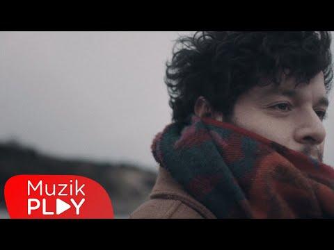 Güntaç Özdemir - Senin Oldum Sanma (Official Video) Sözleri