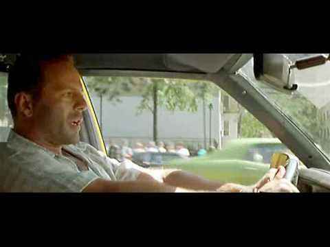 Die Hard - piosenka na cześć Bruce`a Willisa