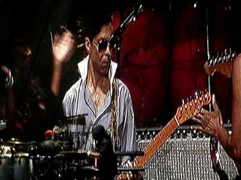 STEVIE WONDER & PRINCE | SUPERSTITION
