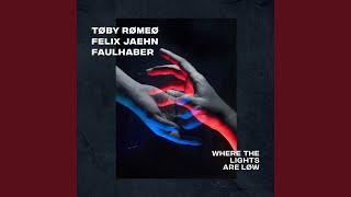 Kadr z teledysku Where The Lights Are Low tekst piosenki Toby Romeo, Felix Jaehn & Faulhaber