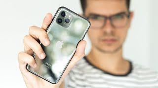 """iPhone 11, iPhone 11 Pro, iPhone XR et iPhone 8 composent la gamme d'iPhone en 2019. Mais lequel choisir ? Back Market : http://bit.ly/BackMarketDuff  Introduction & miniature : https://www.instagram.com/quentinbrre/  Musiques :  """"Arp Twist"""" - Skygaze """"Curiosity"""" - Kevin Graham """"Tomb"""" - Veshza  Léo Duff."""