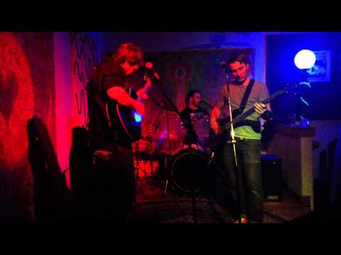 """""""Cool Your Mind"""" LIVE @ The Driftwood Char Bar"""