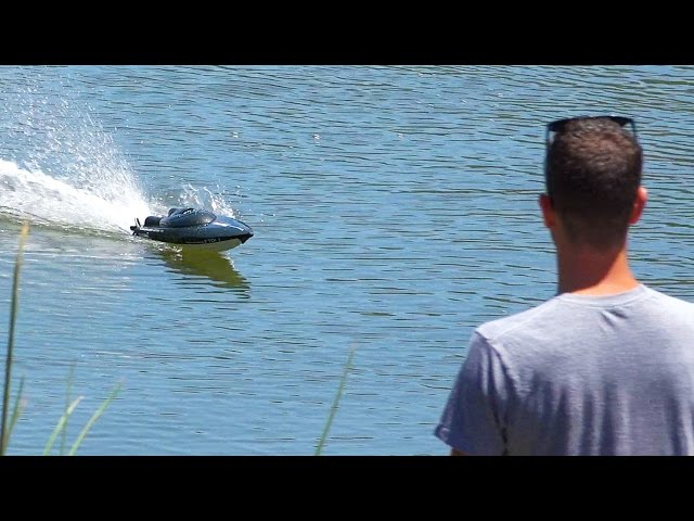 Fast RC Racing Boat - REVIEW