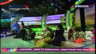 """Mumu ( Mukhlis ) Feat. Julia Perez """" Kopi Susu """" - Gerbang Show 2015 (23/4)"""