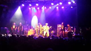 """D'Angelo & The Vanguard - """"The Charade"""" (LIVE)"""