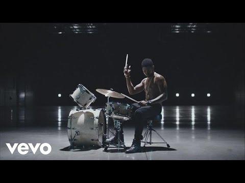 Usher – Good Kisser (Edited)