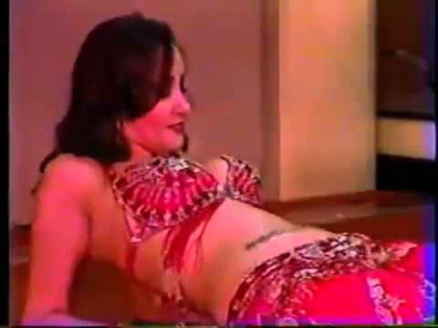 Belly Dancer Shows Incredible Skill Flipping Coins on Her Belly