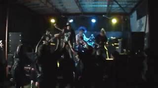 Video Absolutní bezmoc - Zdi