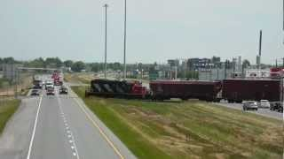 preview picture of video 'T20110622 CN 519 traverse autoroute 20 St-Hyacinthe'