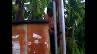 preview picture of video 'bunuh diri di gardu pln'