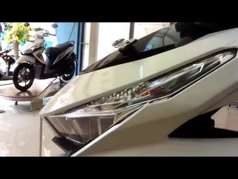 Detail Review Honda Vario 150 ESP White