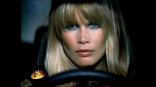 Клаудия Шиффер / Claudia Schiffer rarely seen during an interview for French TV 1994