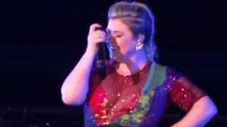 Piece By Piece - Kelly Clarkson - Dallas, TX 8-30-15