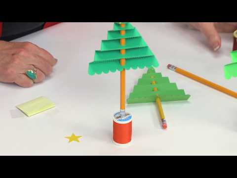 Easy Classroom Project: 3-D Christmas Tree!