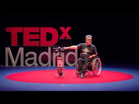 Diseños en torno a la silla de ruedas | Xavier Duacastilla | TEDxMadrid