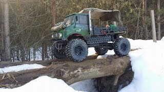 preview picture of video 'SAND LADDERS  crawling Scx10 Unimog SANDBLECH'