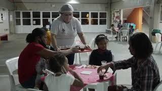 Noite da Pizza Ação do Instituto Anglicano em Paraisópolis