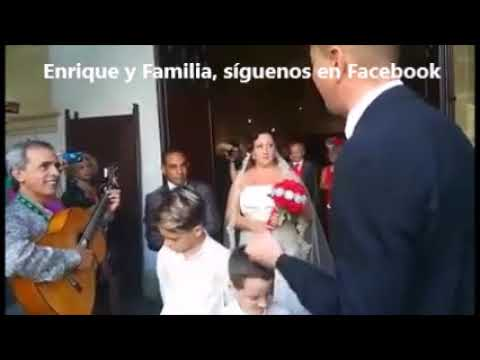 Familia garcia canta en boda