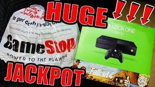 CRAZY HUGE!! DUMPSTER JACKPOT!!! Gamestop Dumpster Dive Night #743