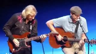 JT and Joe Walsh - Steamroller Blues At an annual Country Hall of Fame benefit 27/09/16