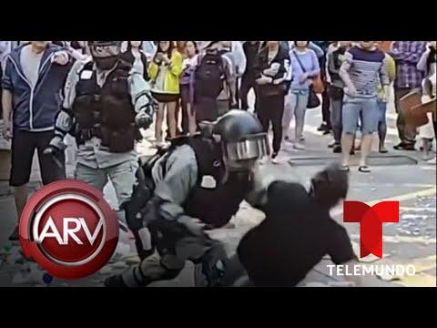 Policía deja herido de gravedad a joven en medio de protestas en Hong Kong | Telemundo