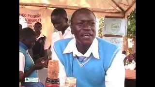 preview picture of video 'Francis, Wine Biz  Masindi mpg 4'