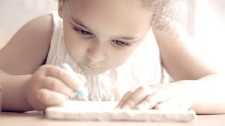 preview picture of video 'Classe maternelle de Gennevilliers'