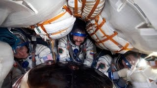 Русский космос.Возвращение космонавтов на Землю. Исторические полеты в космос.
