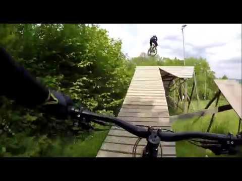 Bikepark Monínec červená 2019